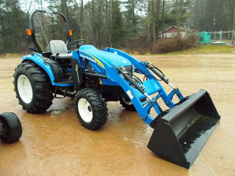Traktor New Holland BOOMER 30c45c  - prodej - Car picture 2