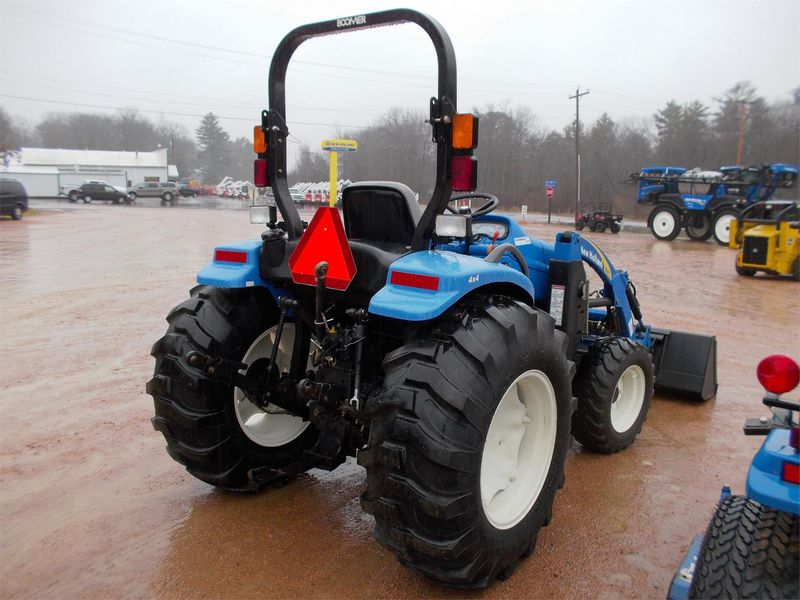 Traktor New Holland BOOMER 30c45c  - prodej - Car picture 3