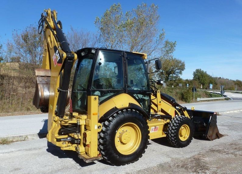 Caterpillar 44c2E Traktorbagr  - prodej - Car picture 2