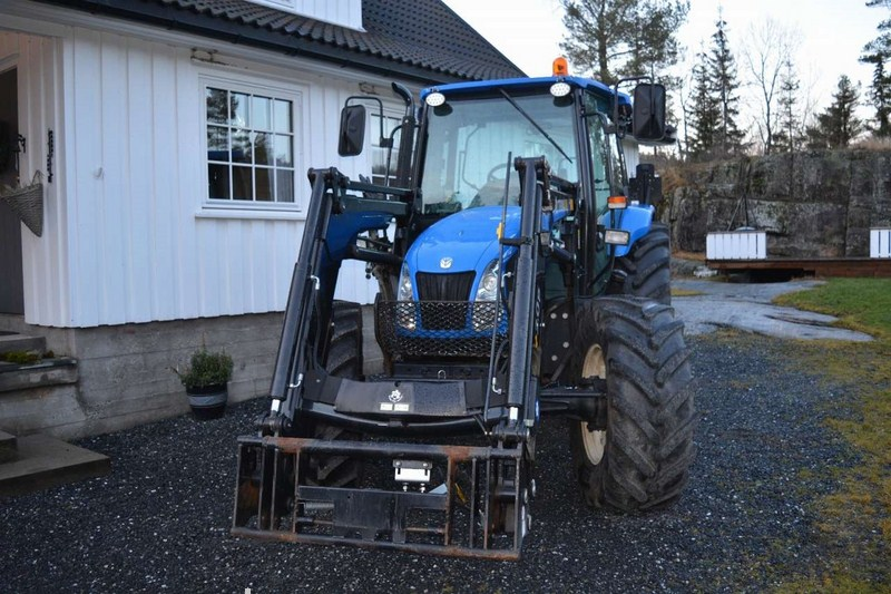 New Holland  - prodej - Car picture 4