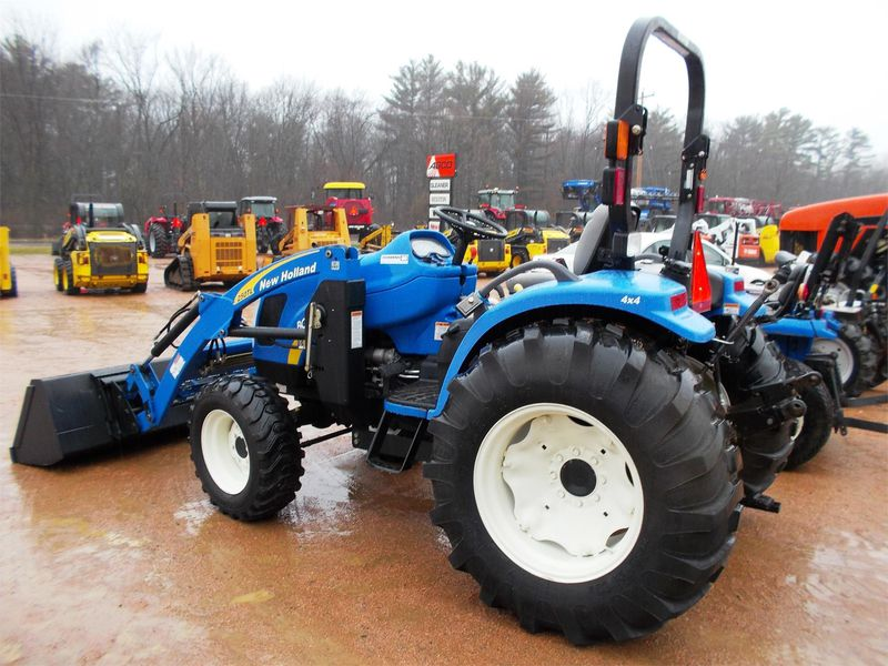 Traktor New Holland BOOMER 30c45c  - prodej - Car picture 4