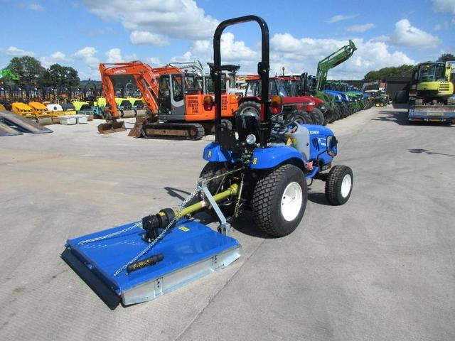 Traktor NEW HOLLAND BOOMER 2c5R  - prodej - Car picture 4