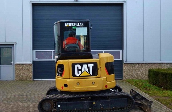 Caterpillar  - prodej - Car picture 2