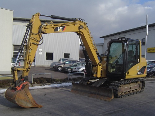 Caterpillar  - prodej - Car picture 1