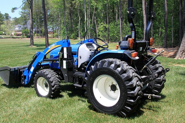 New Holland Boomer 04.0F Traktor  - prodej - Car picture 3