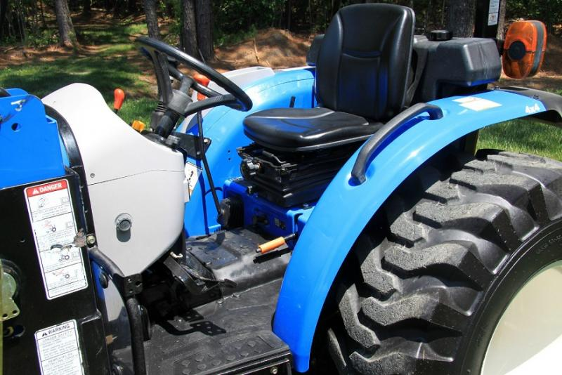 New Holland Boomer 04.0F Traktor  - prodej - Car picture 5