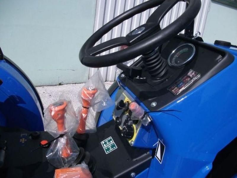 NEW HOLLAND TI 4.50  - prodej - Car picture 3